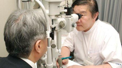 新型コロナウイルス感染で眼が痛くなるのは本当なのか?
