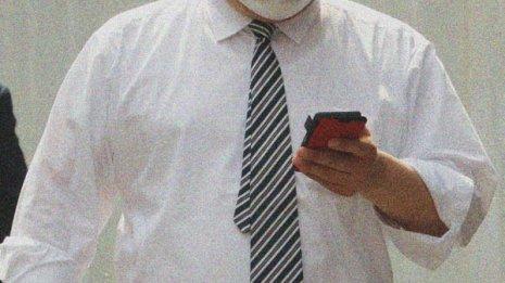 マスク一日中着用にリスクはないか 中国では中学生が急死