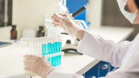 よく効く薬は他とは違った特徴を標的として少量で作用する