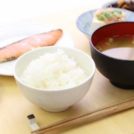 朝と夜の栄養バランスが重要 糖尿病の人は夕食は控えめに