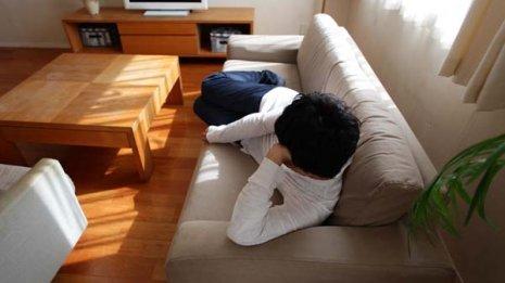 夕方にうとうとすると夜の睡眠の質が下がって疲れがとれない