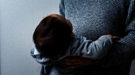 児童虐待の可能性も…「眼底出血」で見分けがつくのか