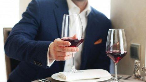 米研究論文 適度な飲酒は認知機能に良い影響をもたらすか