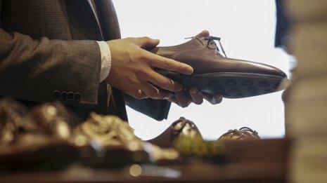 足<上>健康な足は10人に1人…扁平足を治す靴の選び方