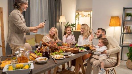 深刻化するコロナ禍で米国が恐れるホリデー感謝祭と4連休