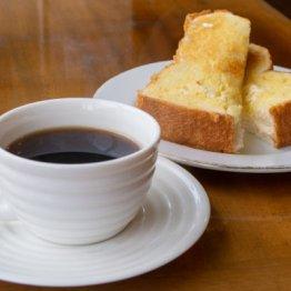肥満予防やメタボ解消には朝食にパンとコーヒーがいい?