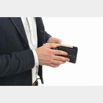 財布に入れると摩擦で傷んで破れやすくなるので注意