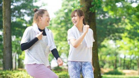 「活動量計」が歩数を増やす 1日2000歩増で病気リスク低下