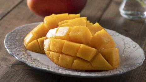 夏が食べごろのマンゴー 「葉酸」が豊富で妊婦にもおすすめ