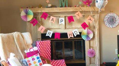 誕生日のお祝いが新型コロナウイルス家族感染の原因に? 米国で論文