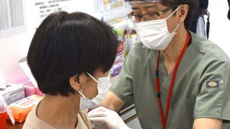 新型コロナワクチンはすでに1度罹患した人でも接種できる?
