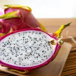 ドラゴンフルーツはバナナの65倍の不溶性食物繊維で便通を促す