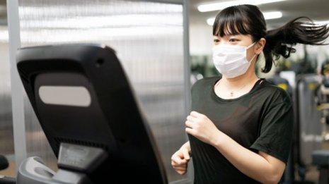 マスクを着用しながらの運動は安全なのか 米国で論文報告