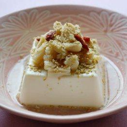 豆腐・ホタテ・白ゴマの「白食材」を組み合わせシワを撃退